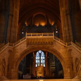 Interiér Liverpoolské katedrály