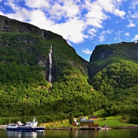 Zelený Geirangerfjord