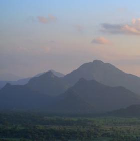 Skvostný výhled ze Sygirie, SríLanka. :)