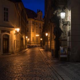 Toulání podvečerní Prahou