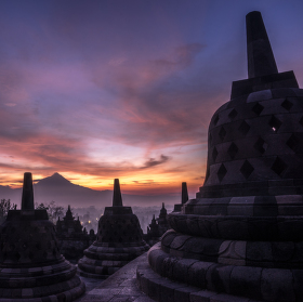 Svítání z Borobudur