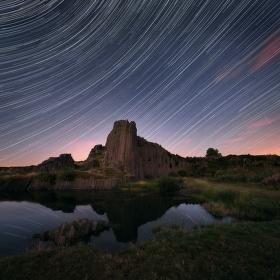 pod hvězdnou oblohou