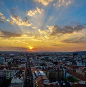 Západ slunce z NKÚ
