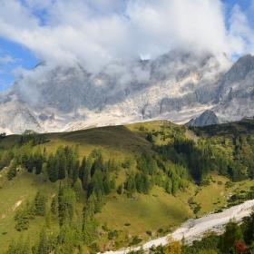 Zahalený Dachstein