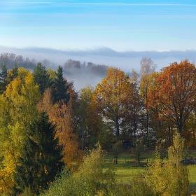 Stoupající mlha