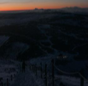 Ze Sněžky po setmění