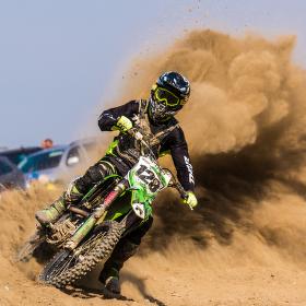 Z písku