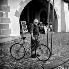 Na kole v každém věku.