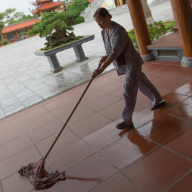 Úklid chrámu