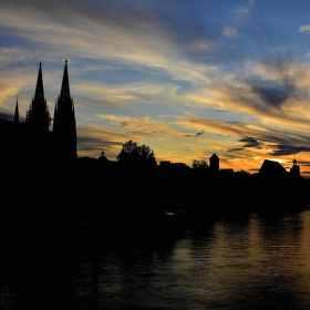 západ slunce v Regensburgu