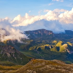 Pozdní odpoledne v Alpách