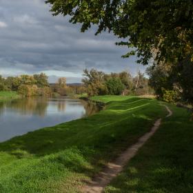 naše krásná řeka Morava nabíhá do podzimu:-)