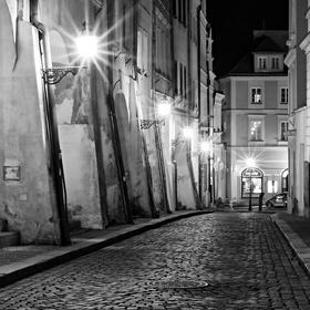 Půlnoční zákoutí Rokitanské ulice