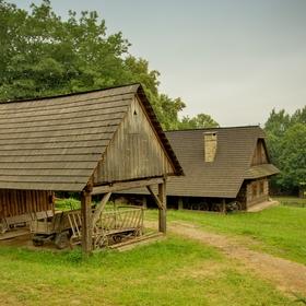 Domky ve skanzenu Rožnov