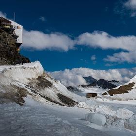Mönchsjochhütte, 3 650 m n.m.