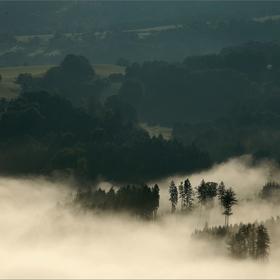 mlha nad ránem