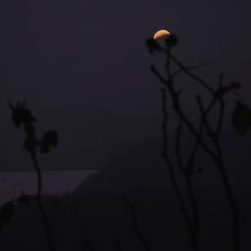 Zatmění Měsíce II