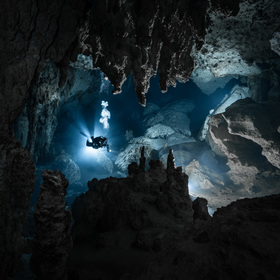 V zatopené jeskyni Vaca Ha