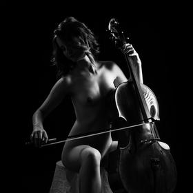 Cellistka