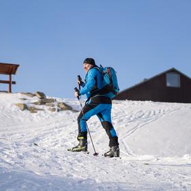 Skialpinista na Lysé