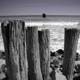 Opuštěné pobřeží