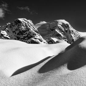 Sněhová peřina na Diavolezze...