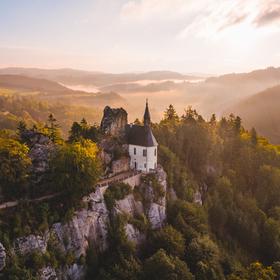Zřícenina skalního hradu Vranov
