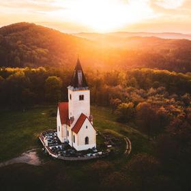 Záře nad kostelem sv. Jakuba