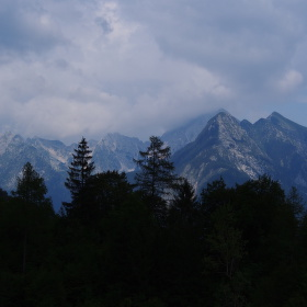 julské alpy před bouří
