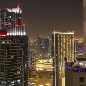 Noční Dubaj