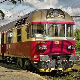 Motorová lokomotiva 854.021-3 Všetaty