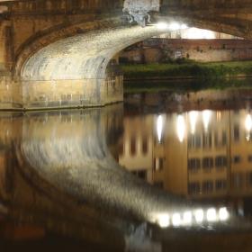 Ponte S. Trinita, Florencie