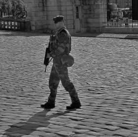 Turisté ve Versailles 2