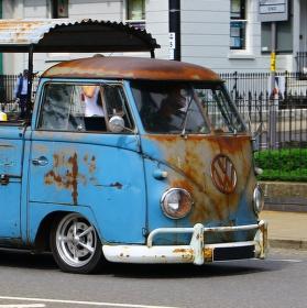 nesmrtelne Hippies auto