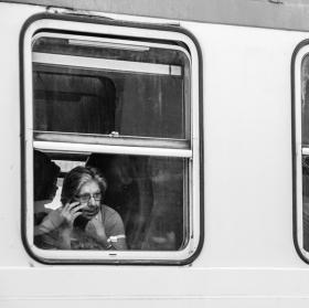 Žena ve vlaku
