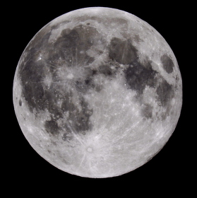 Úplňkový Měsíc