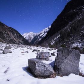 Stones under the stars
