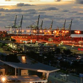 Z přístavu