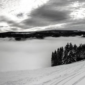 Mlha v údolí Velké Úpy