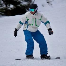 Snowboarďák