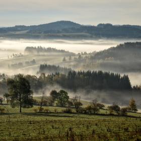 Mlha, že by se dala krájet - Podkrkonoší