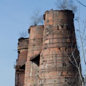 Kladenské železárny I.  vápenné věže Vojtěšské huti (z let 1927- 1929)