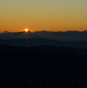 Východ slunce nad Malou Fatrou