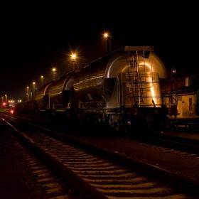 Noční nádraží