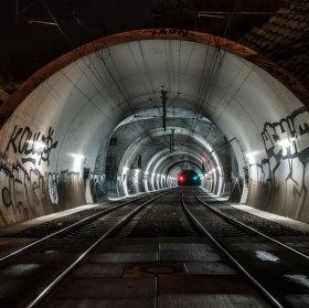 ... tunel pod Vítkovem