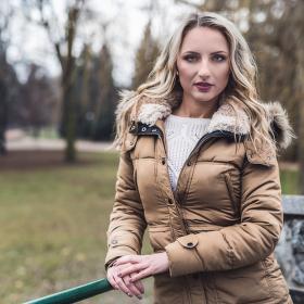 V zimě v parku
