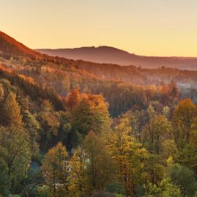 Zlatý podzimní západ