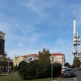 Momentka z Prahy - Kostel a věž