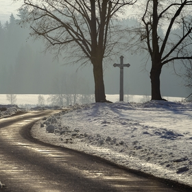 Křížek u cesty