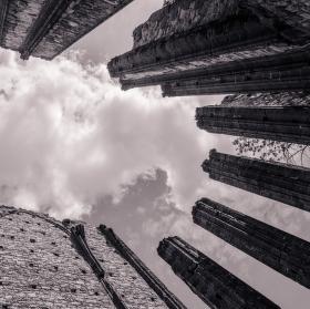 Týnec a střecha světa